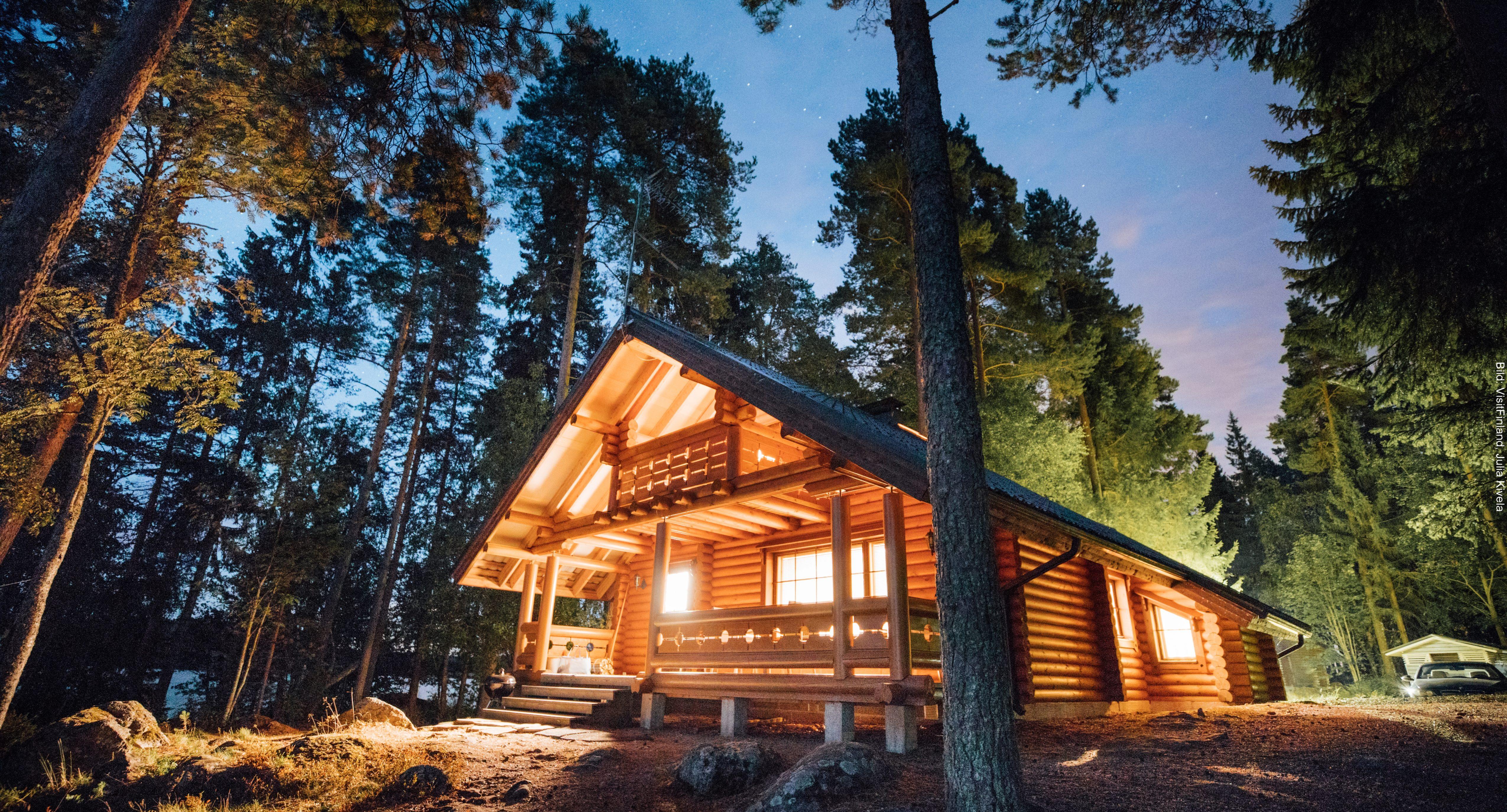 Fähre Finnland Blockhütte