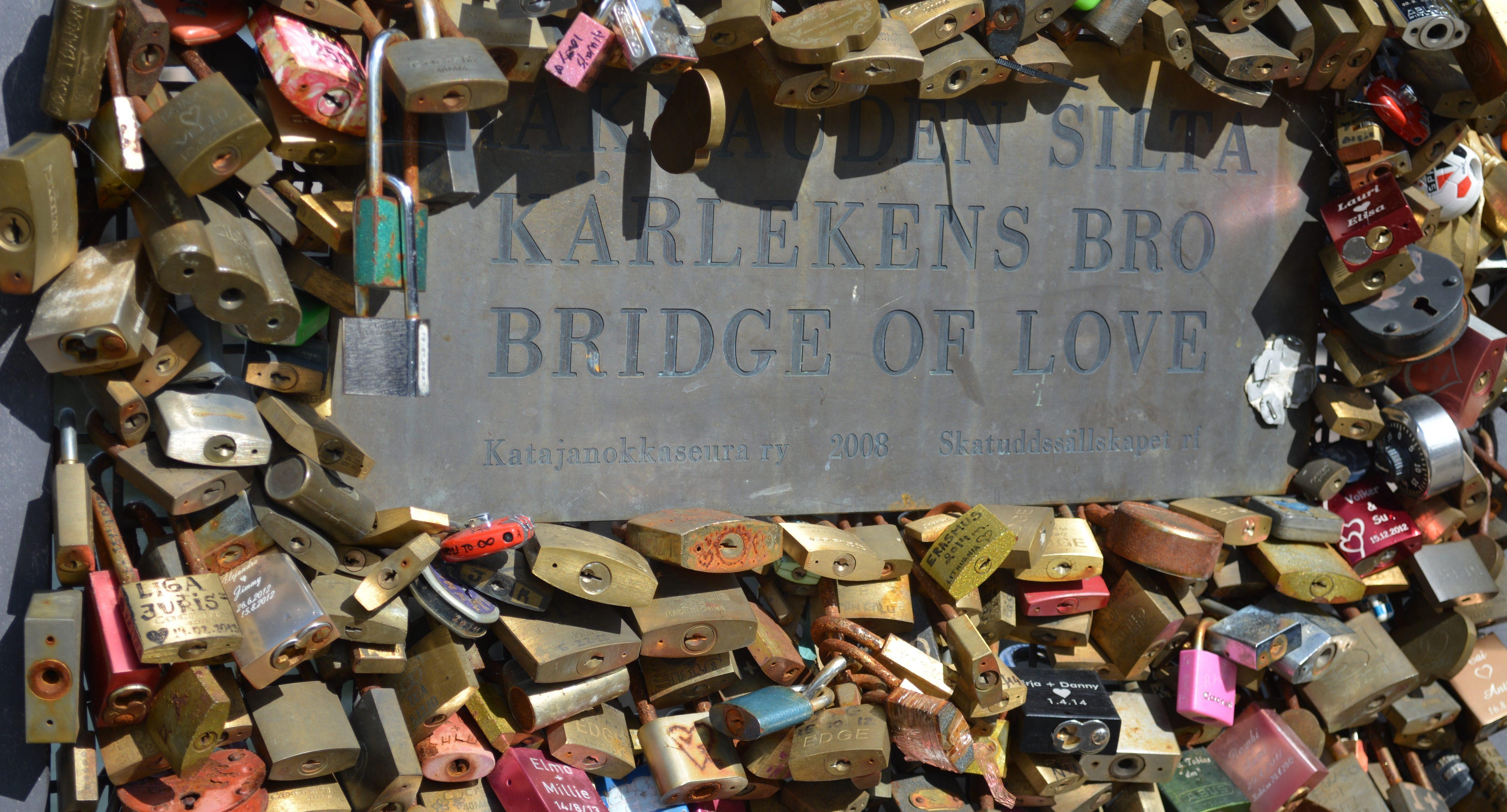 Fähre Stockholm-Helsinki Brücke der Liebe